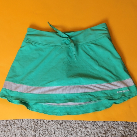 Patagonia Women skort sport tennis gym sz XS green